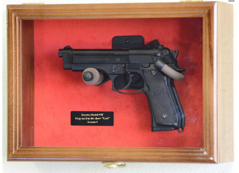 Gun Display Case - Single Pistol Display